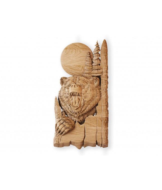 Панно «Медведь в дереве»